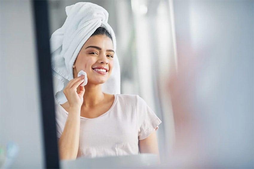 Καθαρισμός Προσώπου – Ποια Είναι τα Συχνότερα Λάθη που Κάνουν οι Γυναίκες